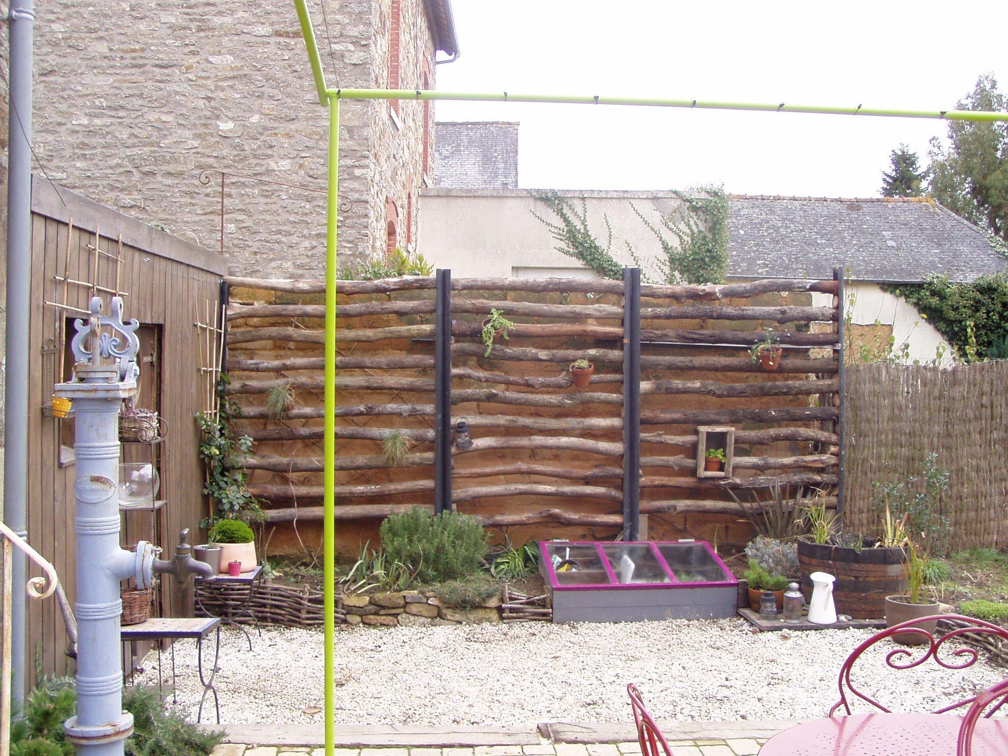 cacher un mur un peu triste une vie au jardin